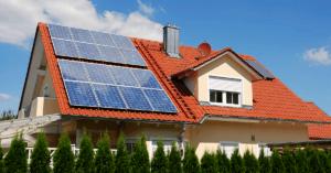 Aurinkoenergiaa omakotitaloon
